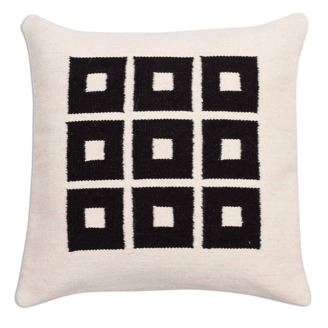 BLACK WINDOWS WOOL PILLOW (PERU)