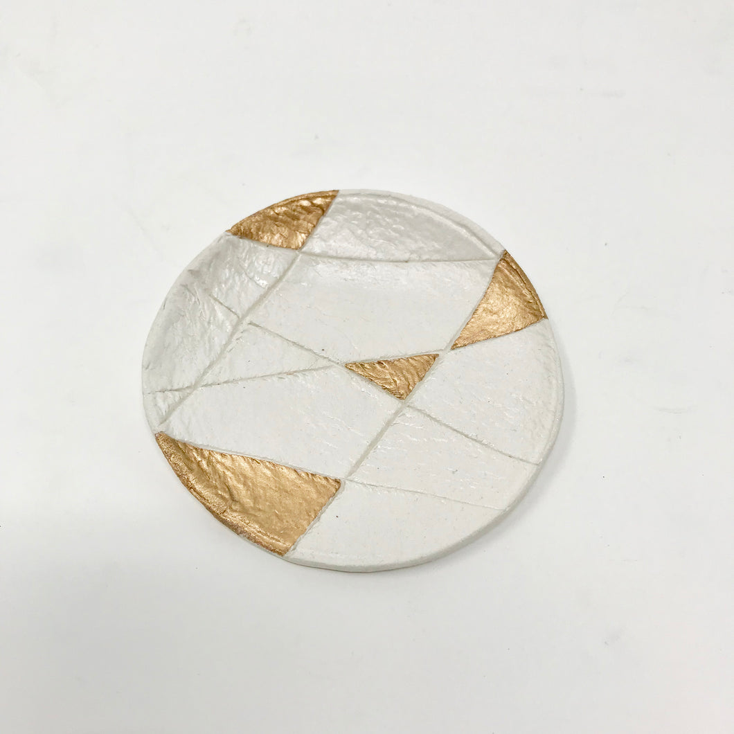 Geometric Pinch Pot