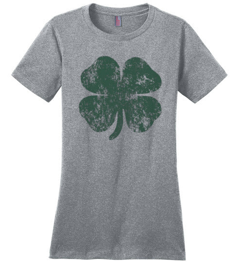 Distressed Shamrock St Patricks Day T-Shirt for Women and Teen Girls