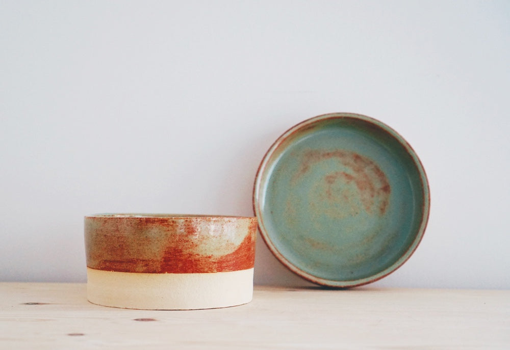 Rust tableware