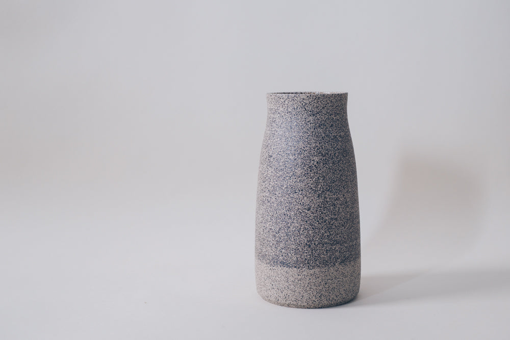 Tall vase (speckled)