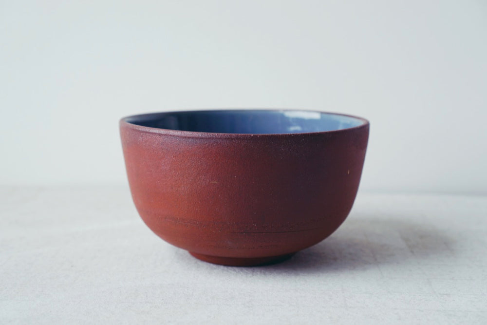 Medium bowl (red, dusk blue)