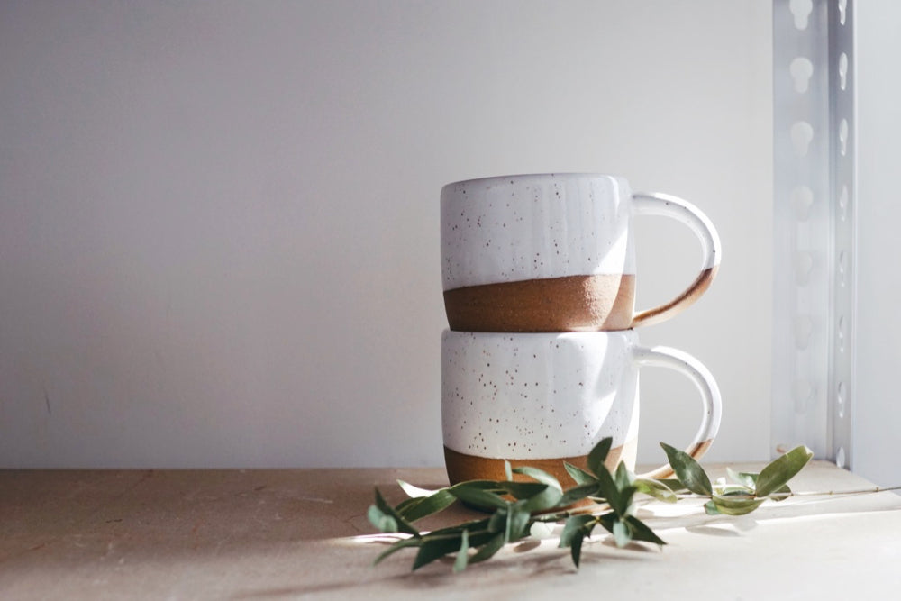Mug (dark / white speckled)