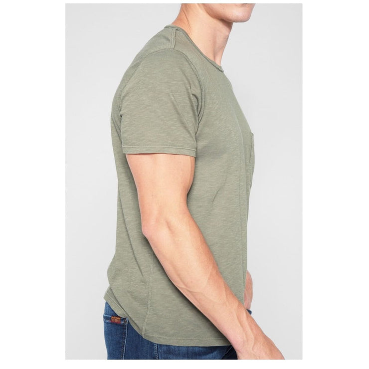 7 For All Mankind - 7 for all mankind SHORT SLEEVE RAW POCKET CREW IN SAGE GREEN - Men - AM4502K82