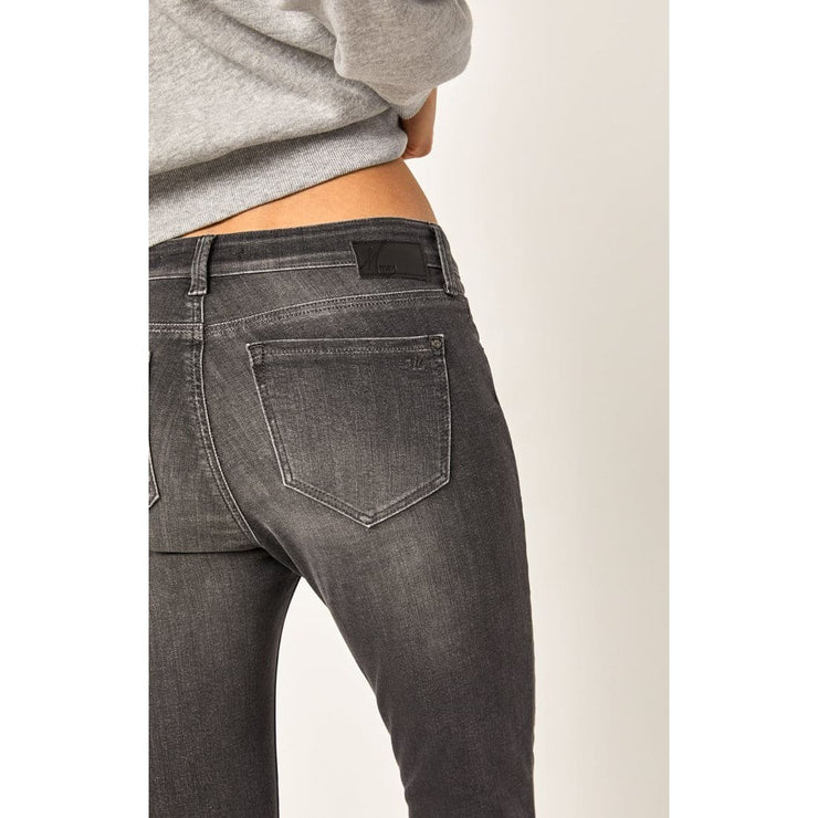 Mavi Jeans - Adriana Ankle Super Skinny in Grey Everyday Tribeca - Pants - 107292531