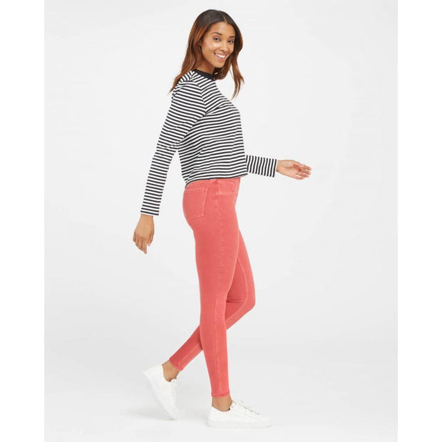 Spanx - Spanx Ankle Jean-ish Leggings in Three Colors - Jeans