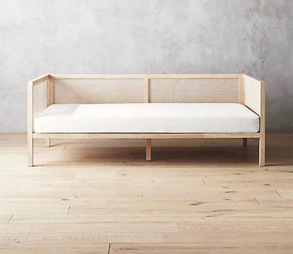 Rattan Dotted Daybed