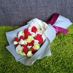 Carnations Deluxe Bouquet