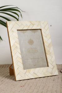 "Mother of Pearl  5"" X 7"" Picture Frames with Seashells Photo Frames - Coral Tree"