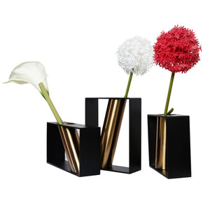 Coral Tree Vertical Metal Vase with Diagonal Pattern Brass Pipe (Black)