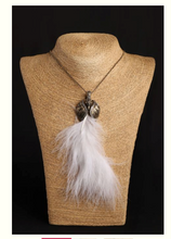 Load image into Gallery viewer, White peacock feather pendent - Coral Tree