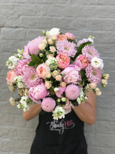 New Romance rose bouquet