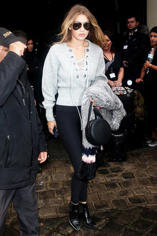 Gigi hadid lace up 2018 fashion trend