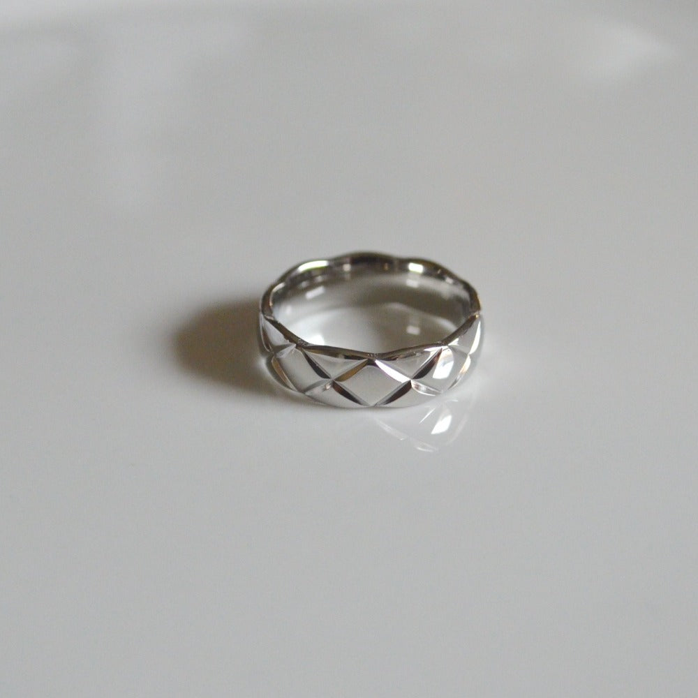 Hecate-S Silver Ring