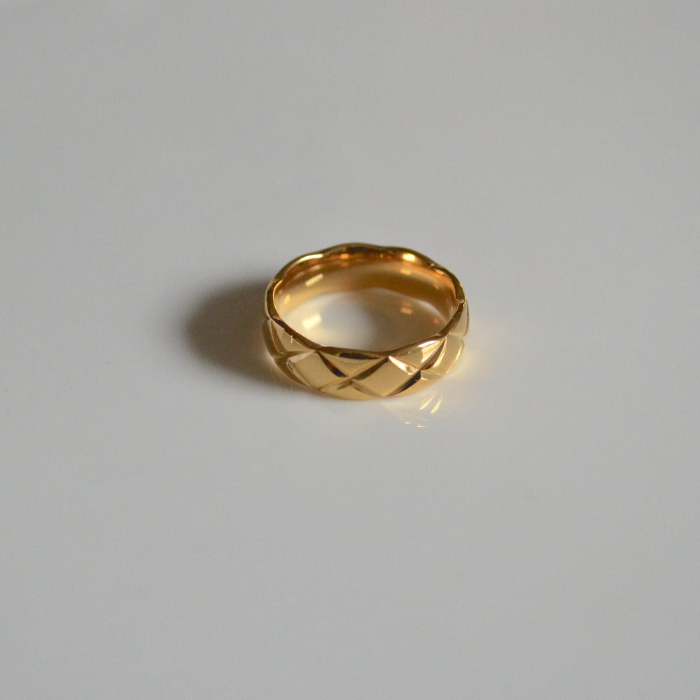 Bague d'or Hecate-S