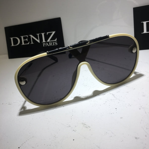 SUNGLASS EMTY CREAM