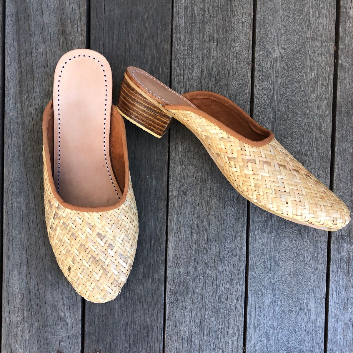 TAN RATTAN LOAFER WITH SMALL HEEL