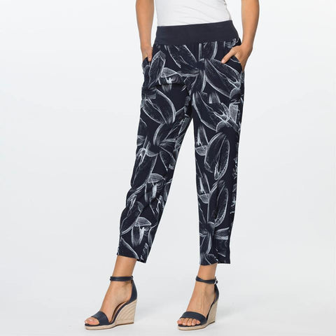 Clarity Pull On Swirl Print Pant