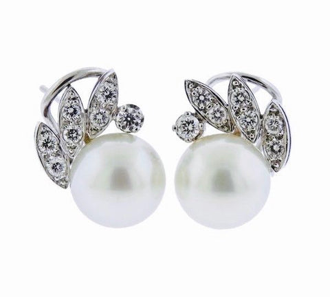 Stunning Vintage Estate 18k gold G VS Brilliant Diamond 11.7mm Pearl Earrings