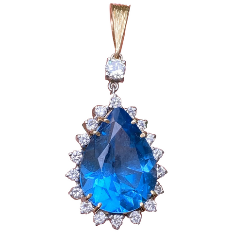 Vintage Estate 14K Gold 16.85 CTW London Blue Topaz 0.85 Ctw Diamond Pendant