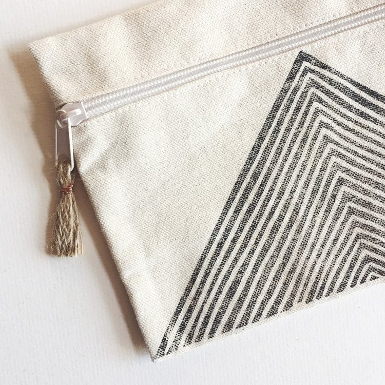 Arrow Zip Pouch, Charcoal