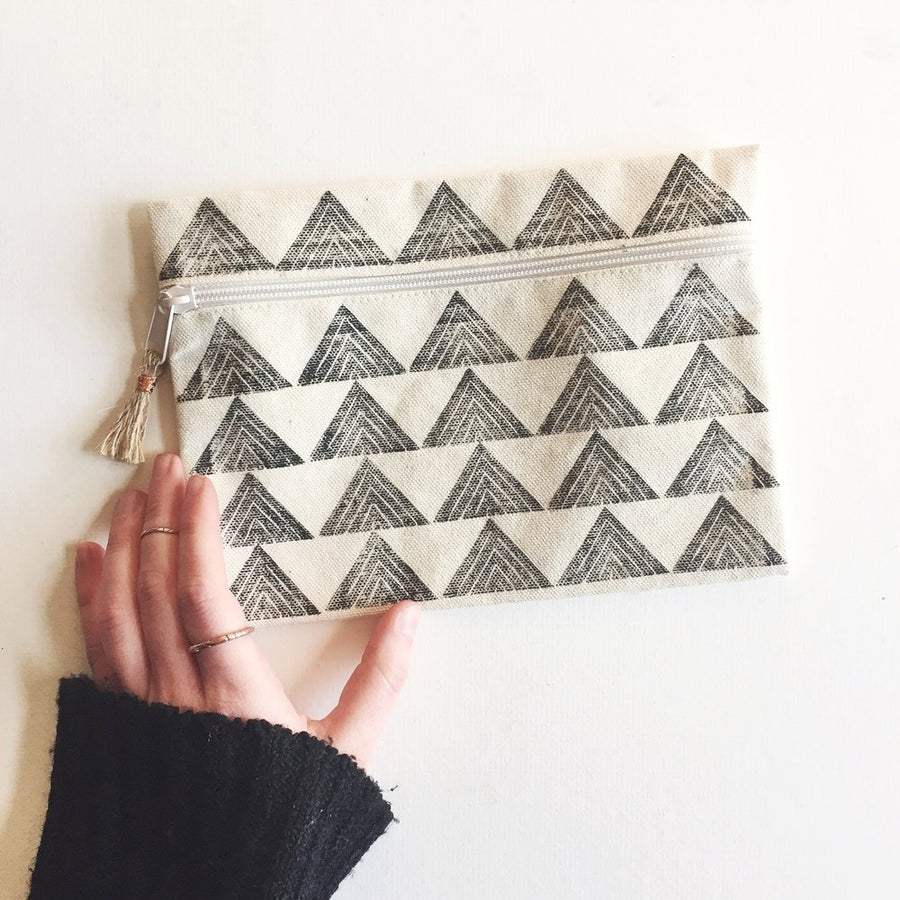 Tiny Arrows Pouch, Charcoal
