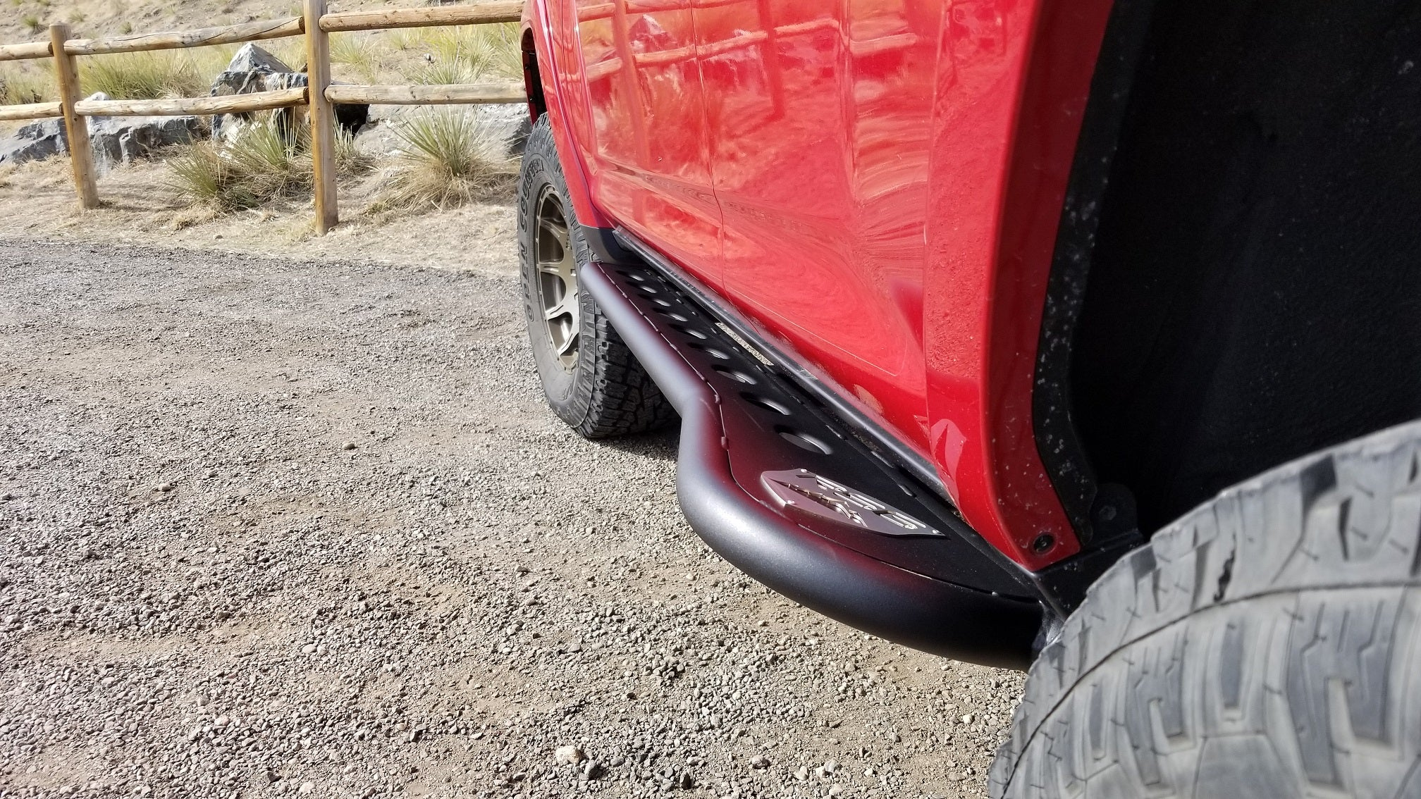 2010+ Toyota 4Runner Angled Sliders With Top Plate