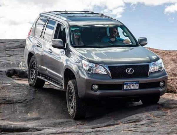 2010+ Lexus GX460 Angled Sliders With Top Plate