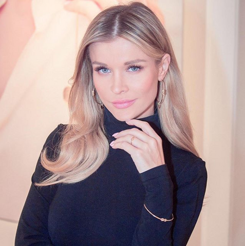 Model Joanna Krupa Instagram beauty style