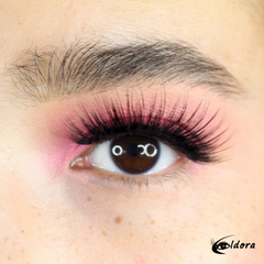 Eldora FM10 Faux Mink Vegan Lashes on model