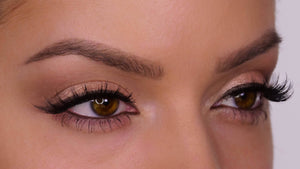 M110 Multi-Layered False Lashes