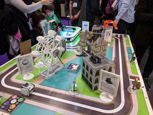 Kitronik's amazing microbit powered model of London