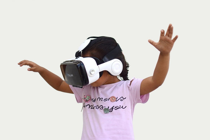 Introduction to Virtual Reality: The 5 most exciting apps, games and headsets today