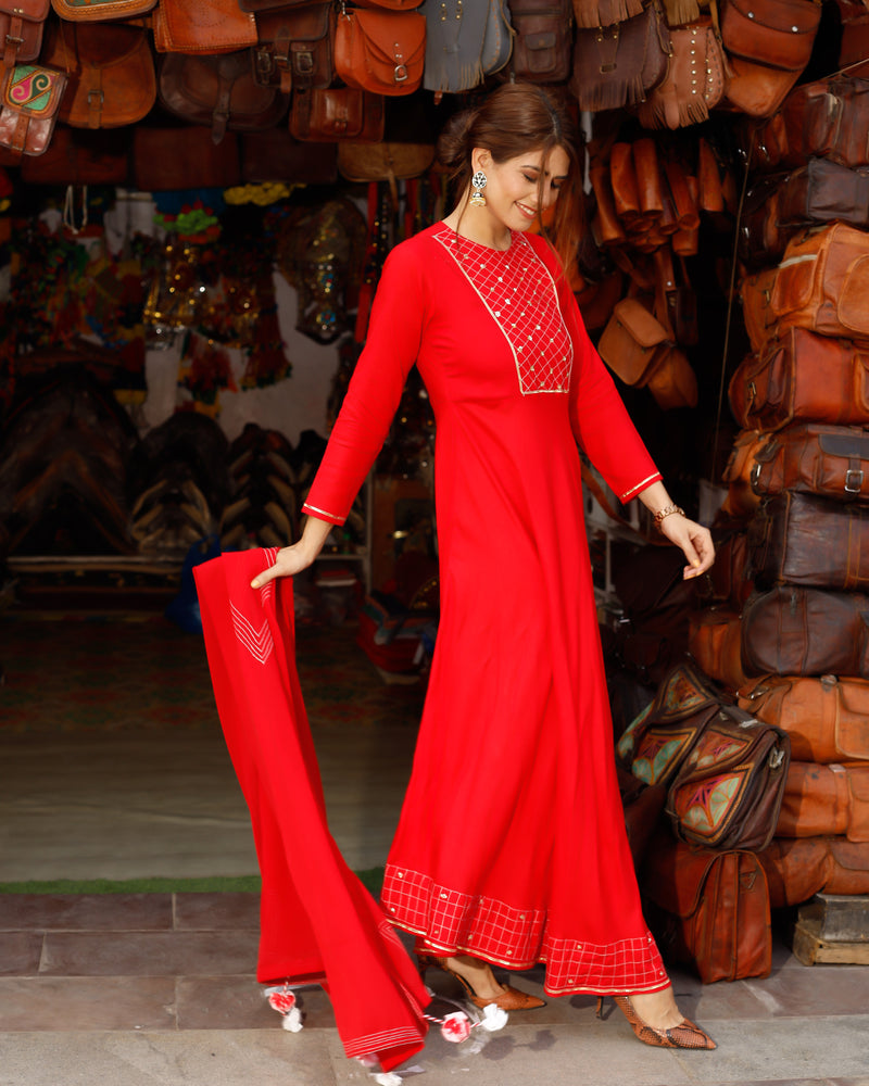 Rose Red Neck Design Long Suit Set