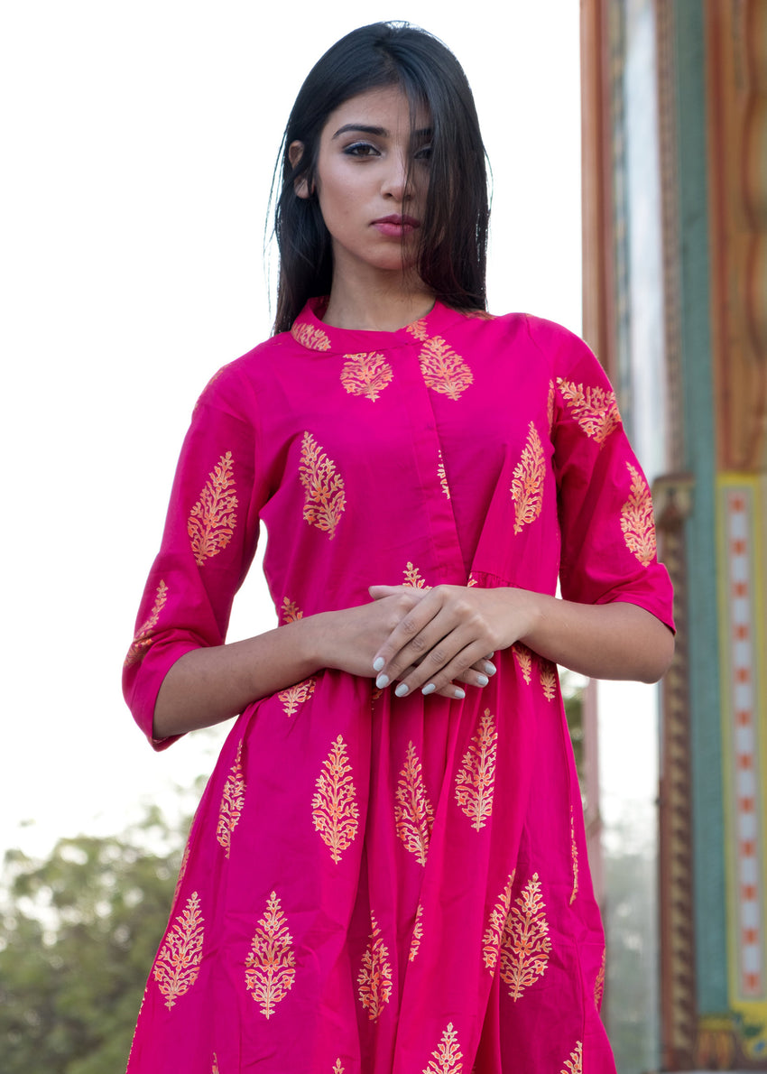 Pink dress with golden motif - Thread & Button