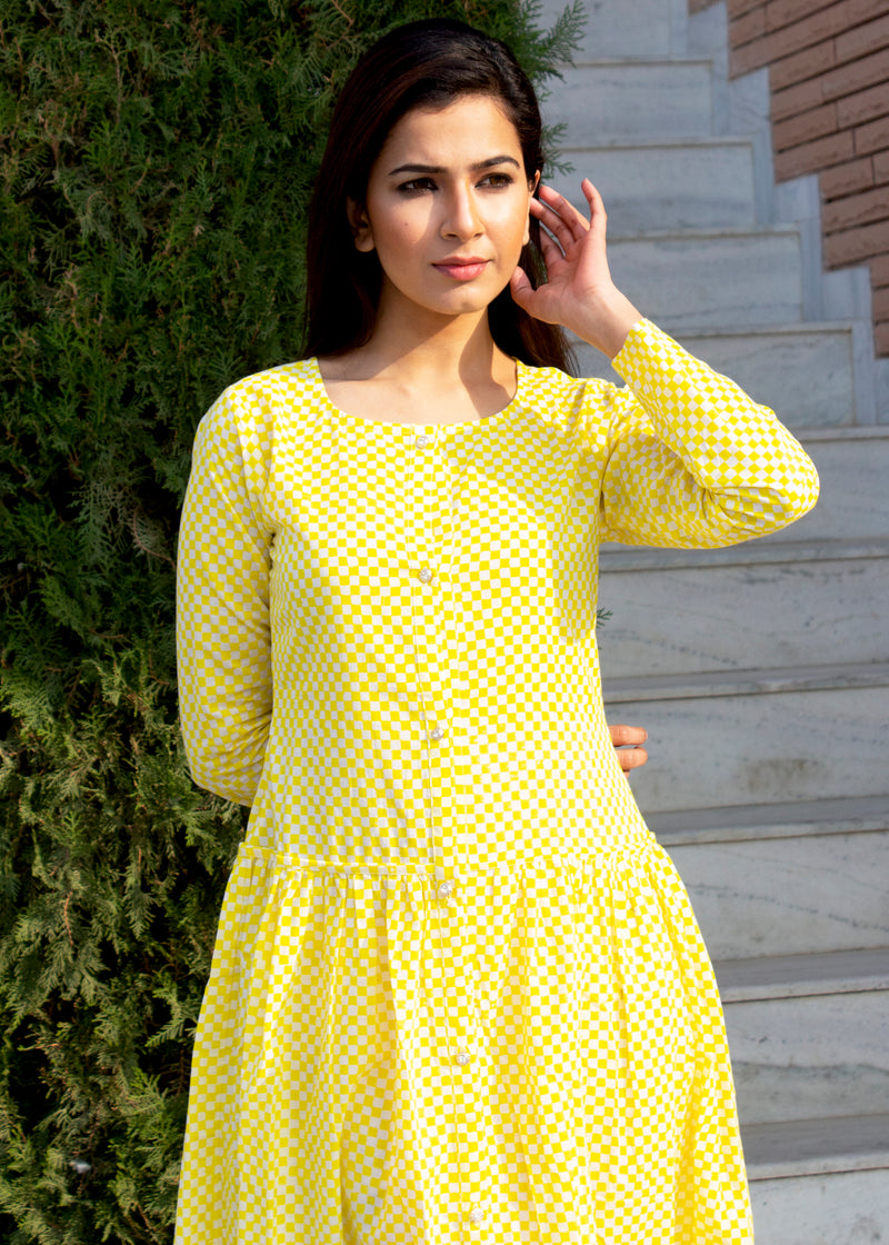 Beautiful Hot Yellow Checkered Middi Dress