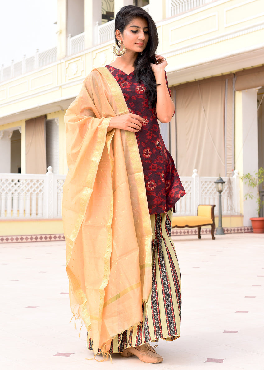 Exclusive suit with sharara pant