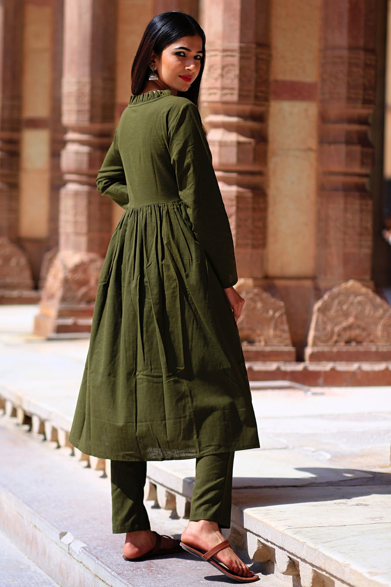 Nadiya Green Kurta Set With Cream Dupatta