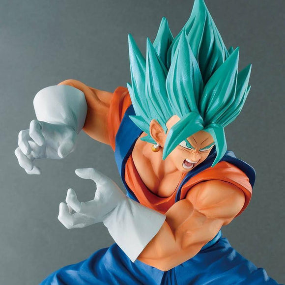 Dragon Ball Super - Super Saiyan Blue Vegetto Final Kamehame-Ha Pose Figure Statue by Banpresto closed up shot