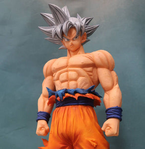 Dragon Ball Z - Son Goku Silver Hair Grandista Resolution of Soldiers No. 3 Large Figure Statue by Banpresto upper body shot