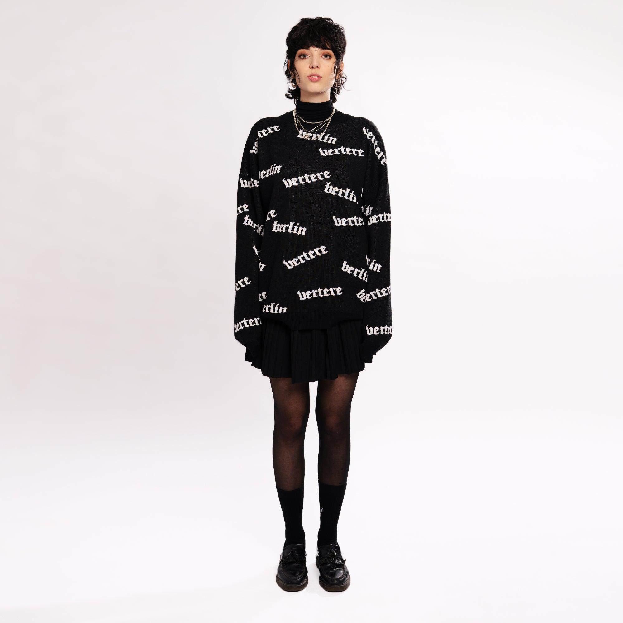 OLD LONDON KNIT SWEATER - BLACK