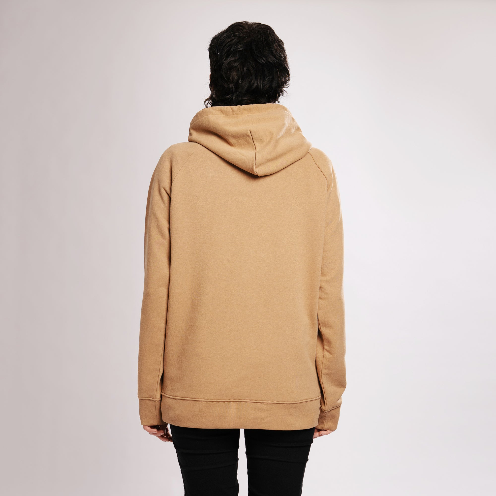 REFLECTION LOGO HOODIE - CAMEL