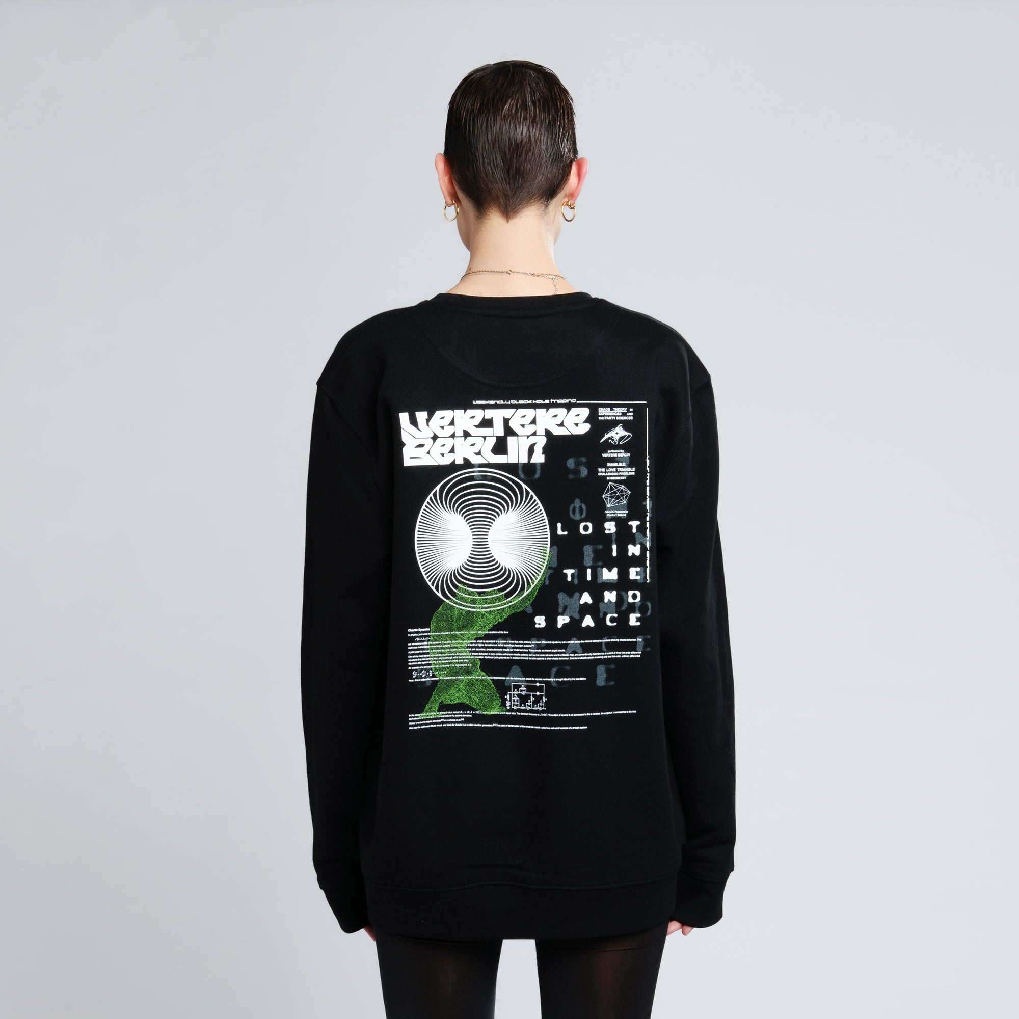 LOST IN TIME SWEATER - BLACK