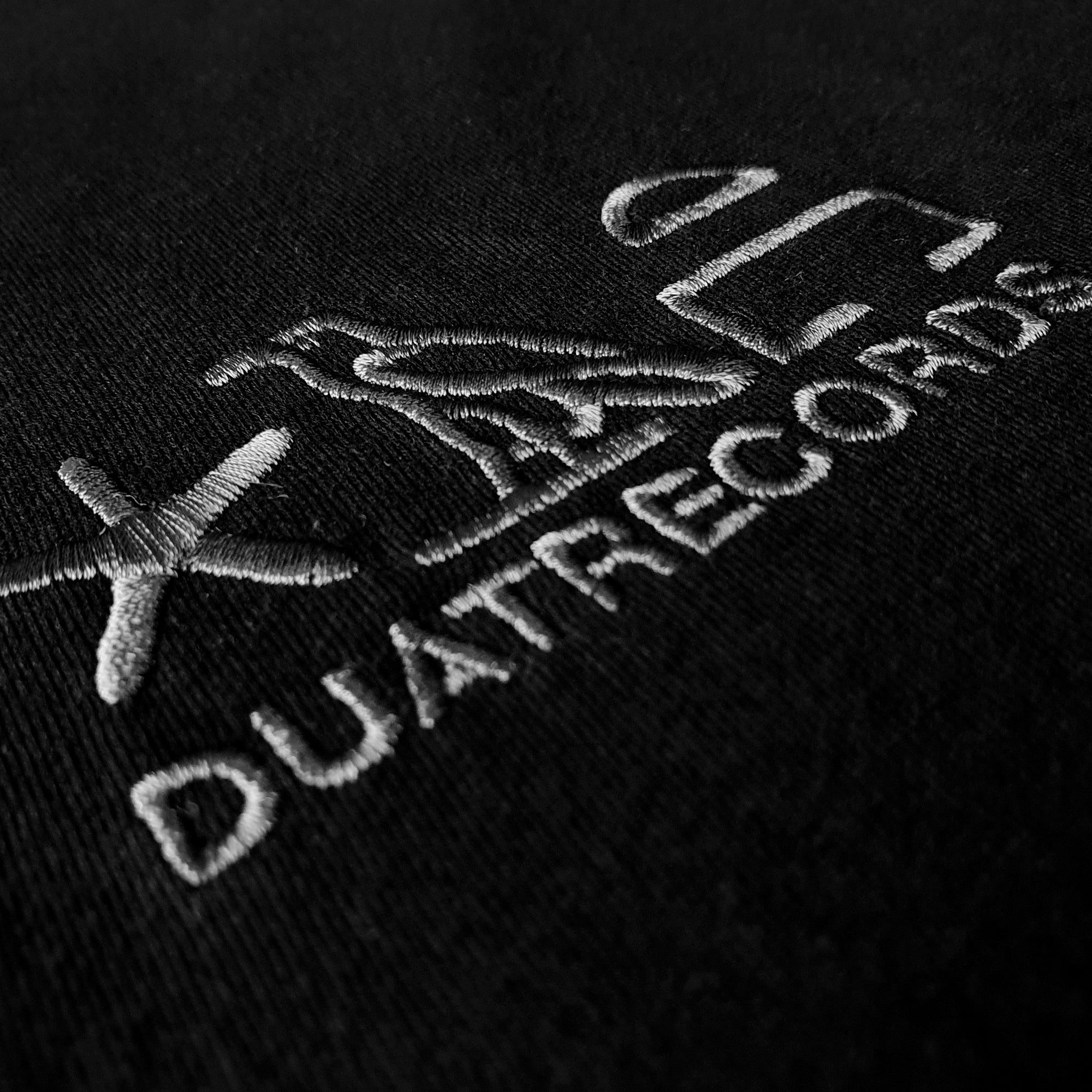 DUAT COLLAB T-SHIRT LOGO - BLACK