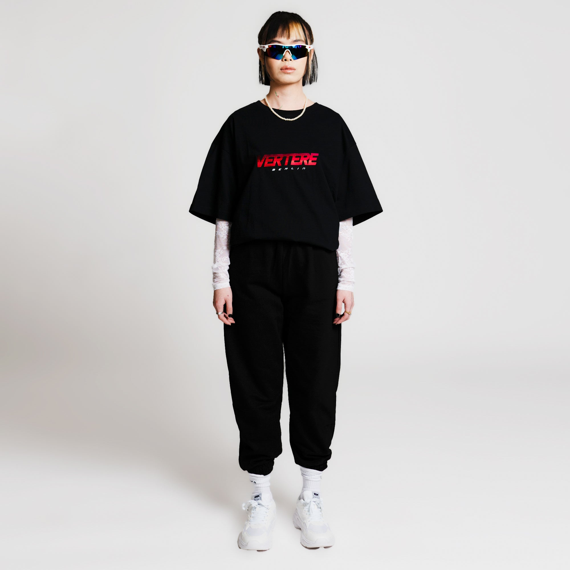 BLOCK LETTER T-SHIRT - BLACK/RED
