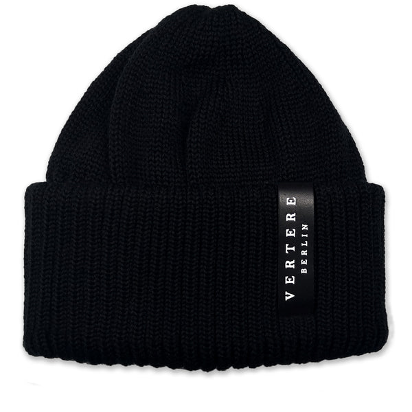 HIGH TOWER BEANIE - BLACK