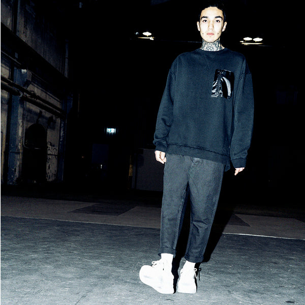 NYLON POCKET OVERSIZE SWEATER - BLACK