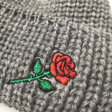 SHORT WOOL BEANIE ROSE EMBROIDERY - LIGHT-GREY