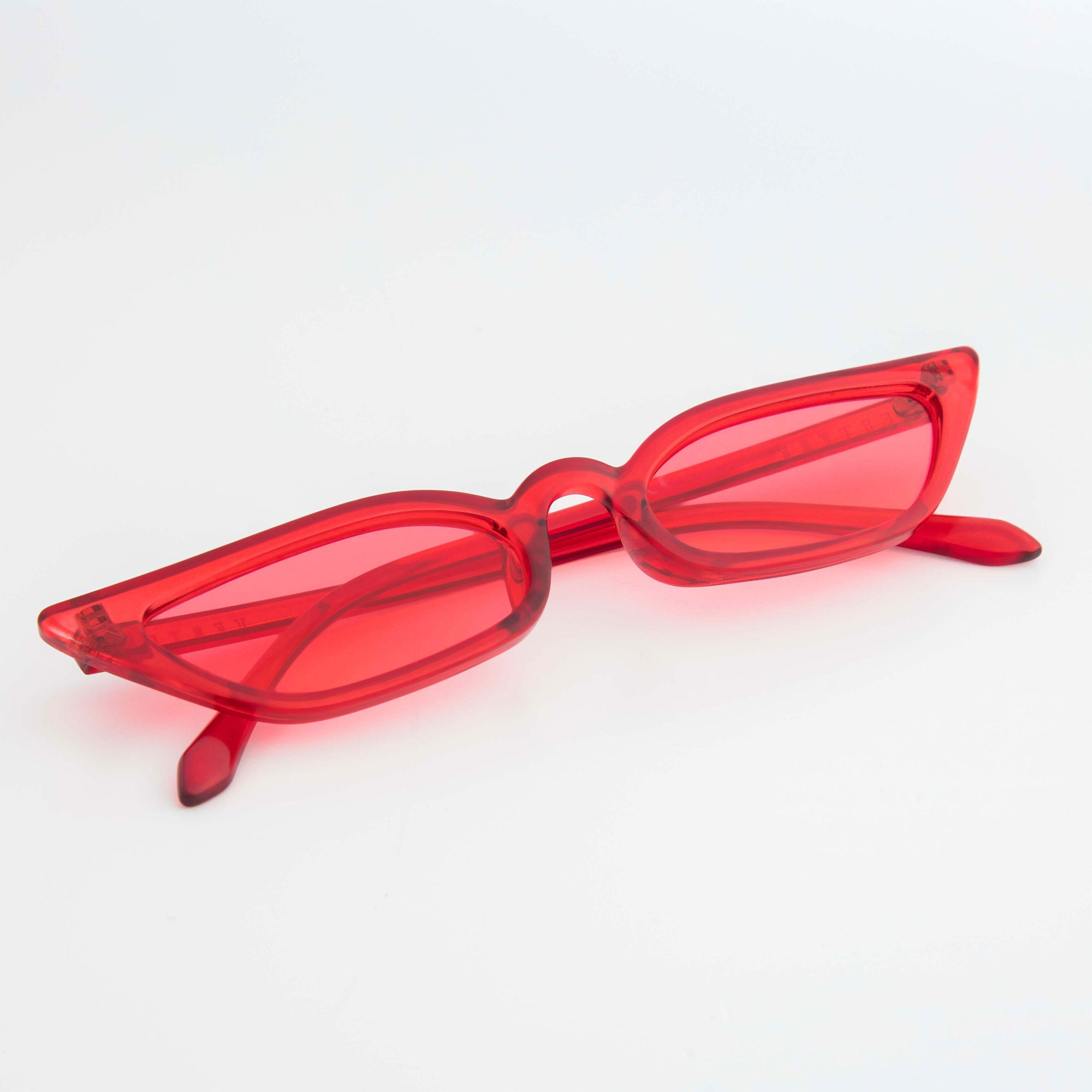 CLEAR CATEYE SUNGLASSES - RED
