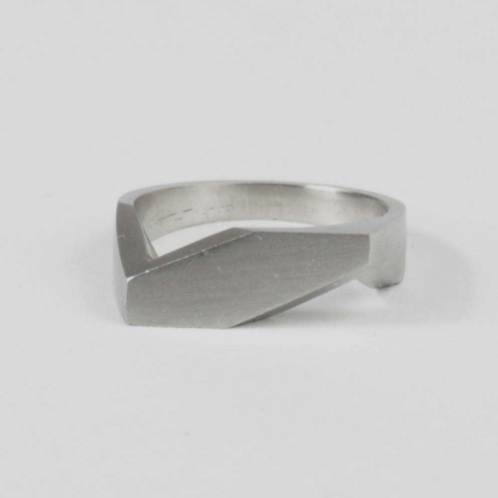 STEEL RING - THE EDGE by e//r